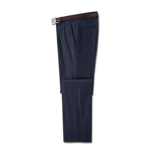 The ideal business trousers for the summer. Made of super 110 virgin wool. The ideal business trousers for the summer. Made of super 110 virgin wool. Cool. Comfortable. And washable.