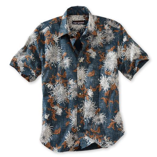 """Reyn Spooner """"Chrysanthemum"""" Hawaiian Shirt You should buy your Hawaiian shirt in Hawaii. Or…"""