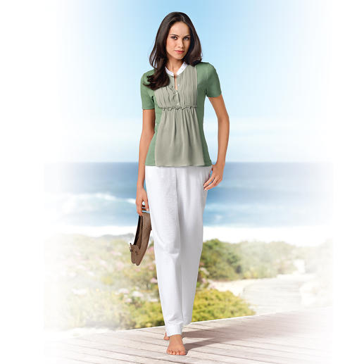 Gran Sasso Blouse-Shirt As comfortable as a T-shirt. As elegant as a blouse. Cotton jersey with silk chiffon.