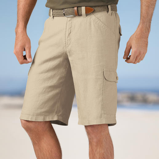 Hoal Linen Cargo Bermuda Shorts - The perfect holiday trousers: Exquisite Bermuda shorts made from Italian linen. Light and airy.