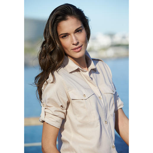 Aigle Fashion Functional Blouse A functional outdoor blouse can be this casual. Dry-fast fabric with UV protection: Light, airy, quick to dry.