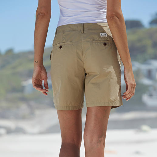 "Aigle Outdoor Shorts ""Clean Chic"" Truly stylish outdoor shorts. Functional material. Perfect length. Great fit."