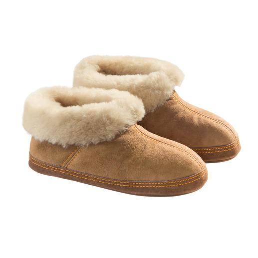 Shepherd Lambskin Slippers, Women or Men A warm home for your feet.