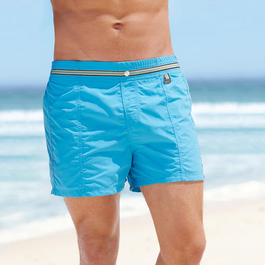 HOM Swimming Shorts Distinctly the most elegant among fashionable swimming shorts. Perfect fit. Elegant style. Contemporary colour.