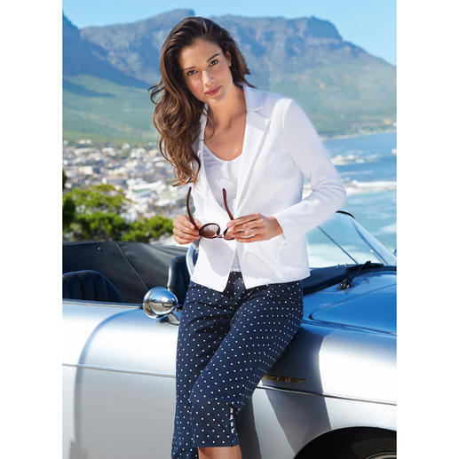 """Anneclaire Knit Blazer """"careless white"""" Experience just how comfortable (and simple) a white blazer can be. Even washable."""