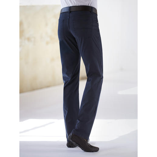 Coolmax® Five-Pocket Trousers Climate comfort by Coolmax® with that special cotton feel.