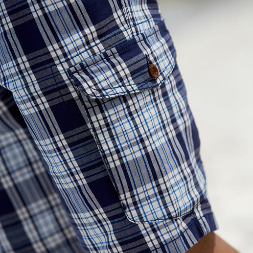 Eurex By Brax Glen Check Bermuda Shorts The stylish way to wear check shorts. In classic glen check and maritime colours, with a proper length.