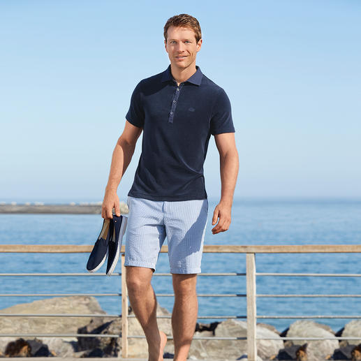 Hiltl Seersucker Bermuda Shorts Twice as airy. Ultra stylish: Seersucker bermuda shorts in nautical style.