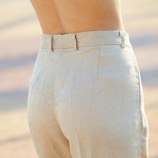 Linen Marlene Trousers Linen as heavy as this creases less. The linen trousers for business: Casual, airy, figure-flattering.