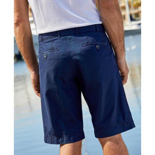 Hoal 4.5 oz. Denim Bermuda Shorts Bermuda jeans shorts for gentlemen. By trouser specialist Hoal.