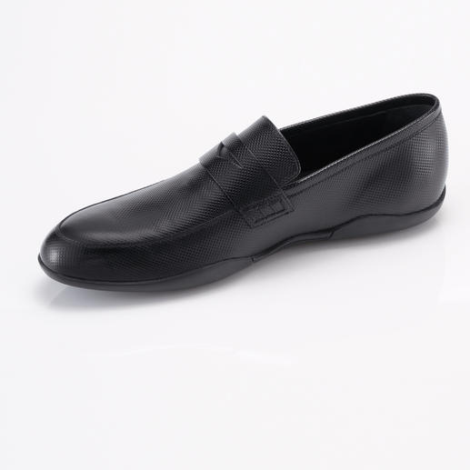 Harrys of London Check Print Loafer Stylish casual loafers – but with the grip of a surfer shoe.