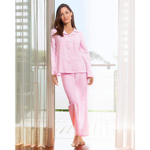 6329524f30 NOVILA Vichy Check Flannel Pyjamas - Pyjamas that make a good first  impression every morning.
