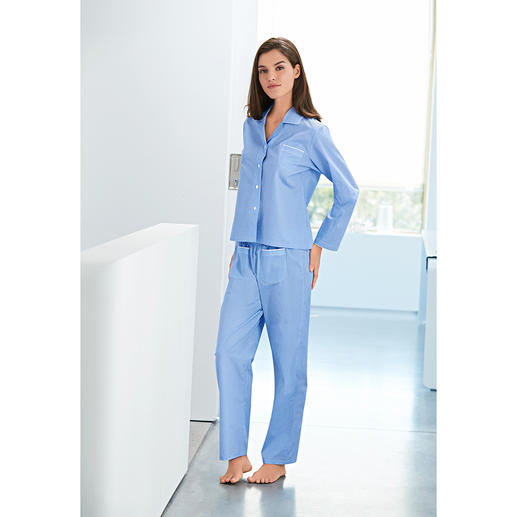 565fe01744 Novila Dotted Pyjamas - Pyjamas that make a good first impression every  morning.