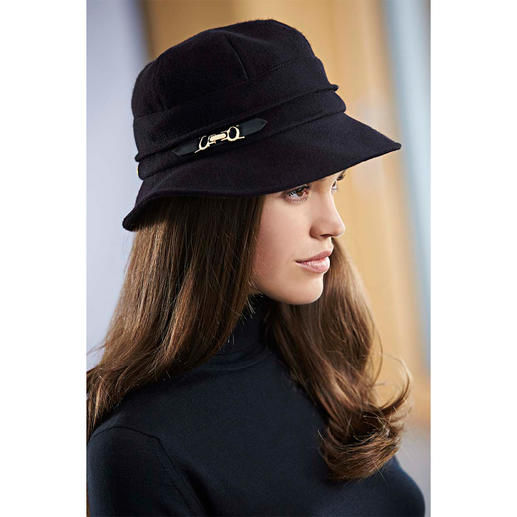 Mayser Cashmere Women's Hat 100% cashmere. Carefully finished in a traditional factory.
