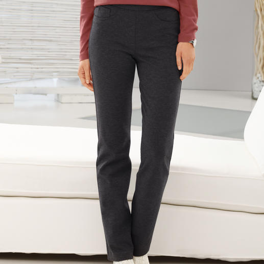 Raphaela by Brax Premium Jeggings The elegant alternative to jeggings. Perfect fit, no baggy knees. From trouser specialists, Raphaela by Brax.