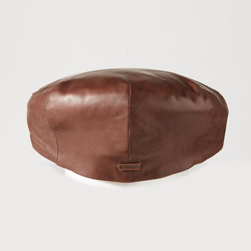 Kangol Sheepskin Flat Cap The luxurious flat cap: In buttery-soft sheepskin. By Kangol®, traditional British manufacturer since 1938.