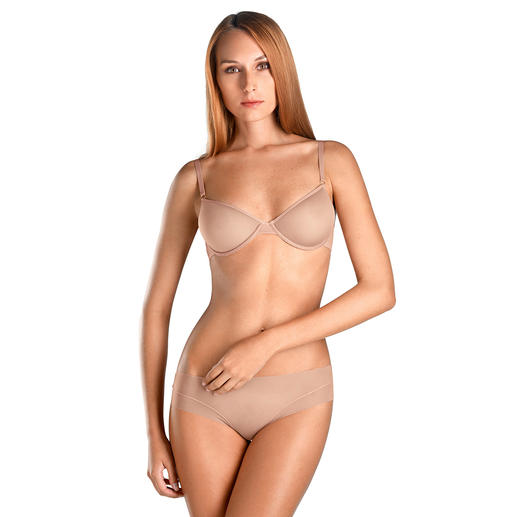 Hanro Bra with Spacer Cups or Tulle Hipster Brief Ultra-soft, ultra-light and very breathable.