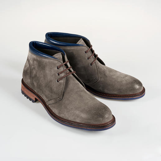 Cordwainer Suede Boots Welted shoes are casual but rarely this stylish – or this inexpensive. Waxed suede boots. By Cordwainer.