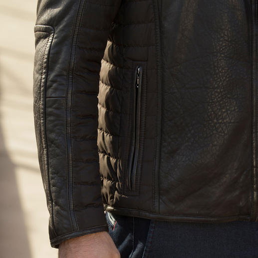 Leather Micro-Stretch Jacket Around 30% lighter than other thermal leather jackets.