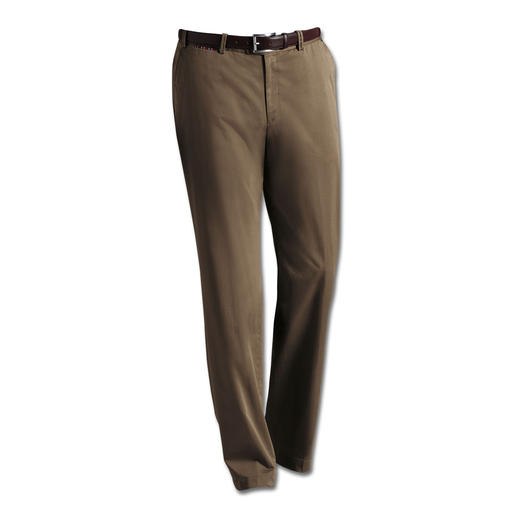 Hiltl Supima® Chinos Softer and smarter for longer: Elegant chinos made of Supima® cotton.