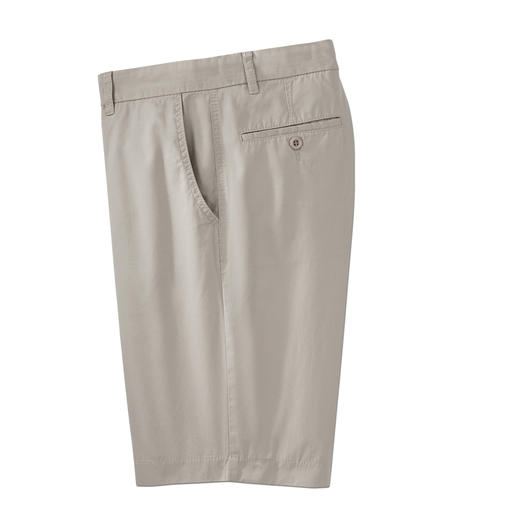 Brax Flat-Front Bermuda Shorts Unbeatable for years: Flat-front Bermuda shorts from Brax. Trouser experts since 1888.
