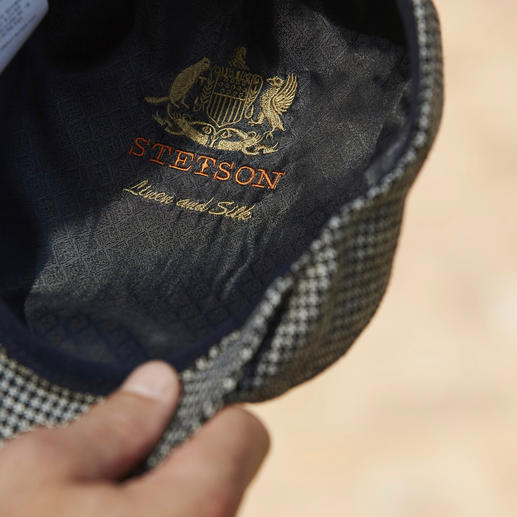 Stetson Ivy Cap Much more elegant than many other hats – the ivy flat cap made from the finest cloth.