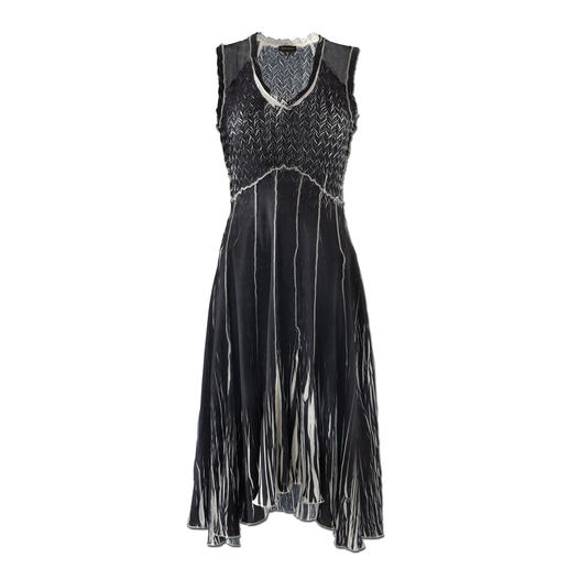 """Shelley Komarov Travel Dress """"Pleated"""" Well dressed with little effort. Comfy, easy to clean and yet still elegant."""