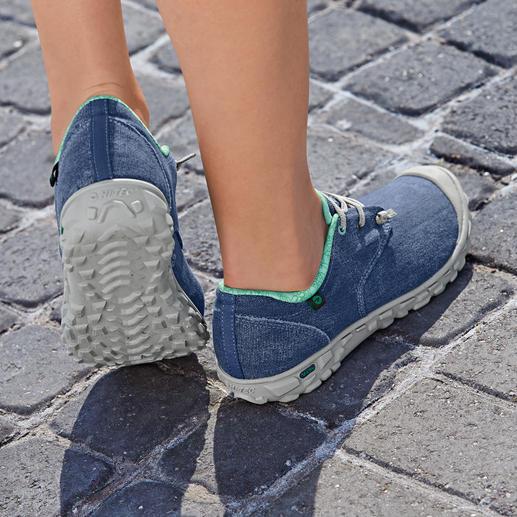 Hi-Tec® Canvas Ultra-Light Sneakers, Men or Women Ultra-light sneakers made of breathable woven canvas. Hardwearing, water and dirt repellent.