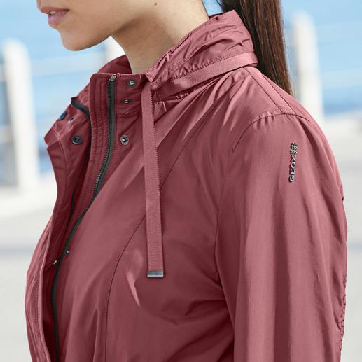 """Geox Women's Functional Jacket """"Breathing System"""" In a smart, Italian, slim cut design."""