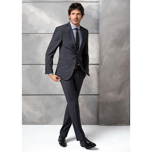 Carl Gross Traveller Jacket or Trousers Ultra-light. Practically crease resistant. Still 100% virgin wool.