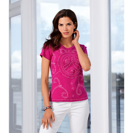 Hampton & Friends Hippie Top The authentic hippy top, elaborately embroidered by hand in Nepal.