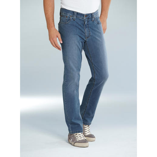 Eurex by Brax Summer Jeans They really do exist: Perfectly fitting jeans for almost every type of figure.