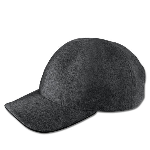 Hackett London Wool Felt Hat The elegant version of the otherwise rather rustic woollen hat. By Hackett, London.