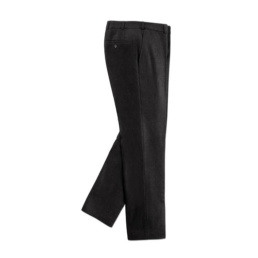 Hoal Lightweight Loden Trousers As elegant and comfortable as classic cloth trousers. But they still repel wind and water.