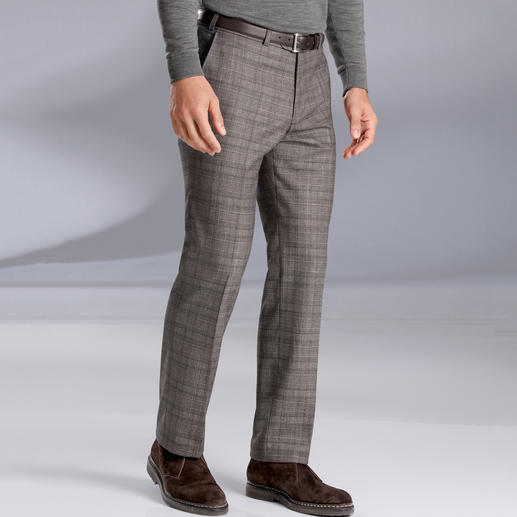 Hoal Estrato® Trousers Estrato®: The exclusive woven fabric from the Italian traditional weaving company Trabaldo Togna.