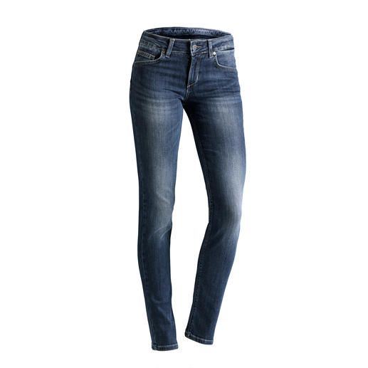 "Liu Jo Jeans ""Bottom up"", slim leg The jeans for a shapely rear – ""Bottom up"" jeans by Liu Jo Jeans, Italy."