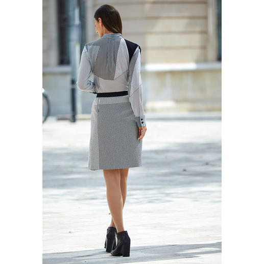 """Strenesse Silk Blouse or Skirt """"Black & White"""" It's often hard to find such a perfectly matching fashion combination. Trendy minimalistic pattern mix."""