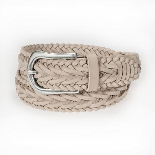 Nurage Braided 3D Belt Carefully hand braided belt with lively 3D pattern. The fashionable accessories label from Germany.