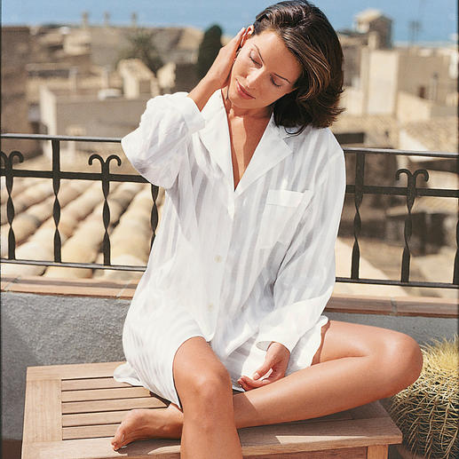 Big Shirt As chic as silk. As skin-friendly as cotton: The elegant big shirt for a good night's sleep.