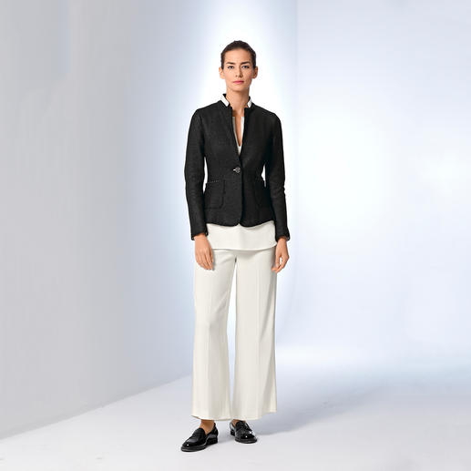 Les Copains Blazer, Top or Trousers The three-piece by Les Copains, Italy: An unusually elegant all-rounder for business and travelling.
