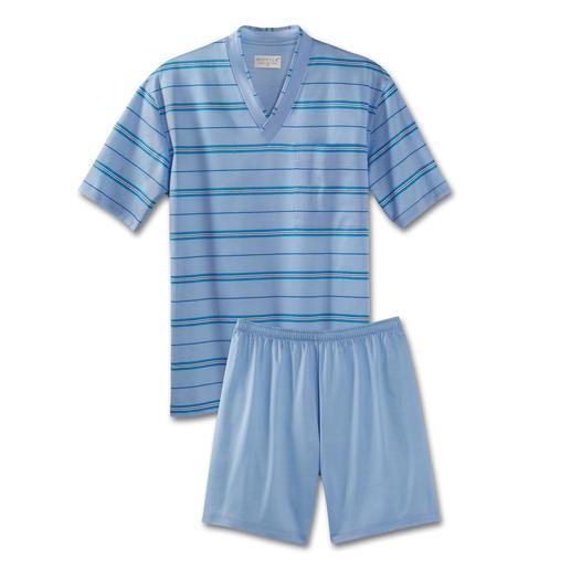 """""""Filo di Scozia®"""" Pyjamas Half as thick yet twice as durable than conventional jersey pyjamas."""