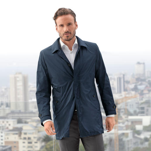 Hackett Pocket Car Coat Brit chic in pocket size: The elegant car coat by Hackett London. Weighs only 370g (13.1 oz).