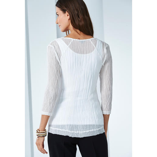 "Shelley Komarov Travel-Shirt ""Pleated"" Effortlessly well dressed. Comfortable, easy-care yet elegant."
