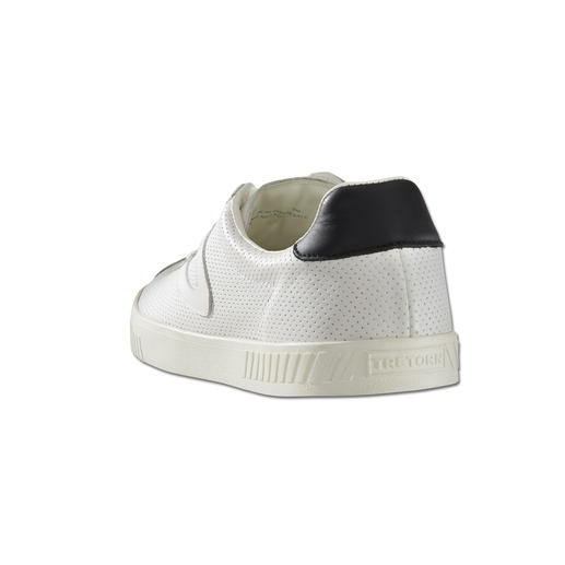 Tretorn Clean Chic Leather Sneakers for Men Fashion favourite white leather sneakers: Ideally from a specialist. By Tretorn/Sweden, since 1891.