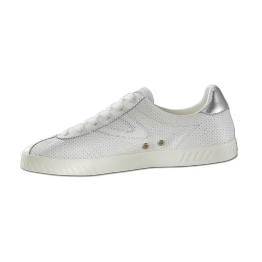 Tretorn Clean Chic Leather Sneakers for Women Fashion favourite white leather sneakers: Ideally from a specialist. By Tretorn/Sweden, since 1891.