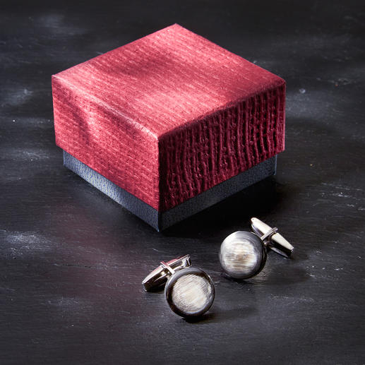 Zanchi Horn Cufflinks A stylish novelty: Cufflinks made of real horn. Totally unique because of the natural colour and texture.