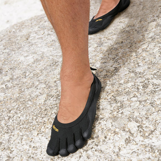 FiveFingers® Shoes for Men As healthy and relaxing as walking barefoot, but without injuries and dirt. By Vibram®.