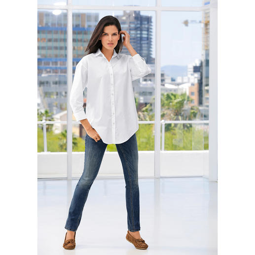 van Laack Oversized Blouse On-trend oversized blouse – amazingly feminine and elegant. By van Laack, since 1881.