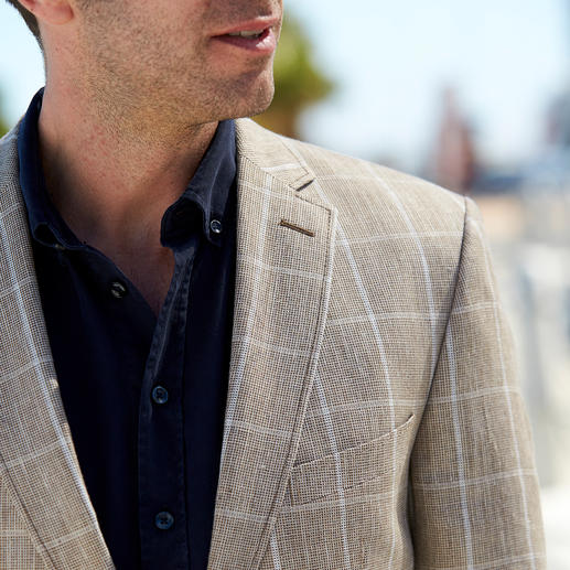 Carl Gross Premium Linen Sports Jacket The airiness and comfort of linen – now finally without creases. Summer sports jacket by Bottoli, Italy.