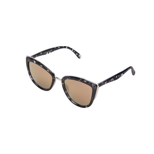 Quay Australia Sunglasses Currently the most fashionable sunglasses come from Australia. From Quay Australia.